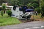 Así quedó el pesado vehículo a orillas de la carretera. Foto: Eric A. Montenegro.
