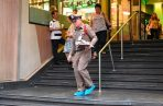 La violencia armada volvió a atacar un centro comercial en Tailandia, donde un hombre en la capital de la nación, Bangkok, mató a tiros a una mujer que trabajaba en una clínica de belleza e hirió a otra. FOTO/AP