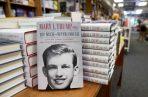 La editorial Simon & Schuster adelantó la fecha de lanzamiento del libro. Fotos: EFE.