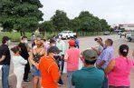 Los manifestantes precisan que la situación es de incertidumbre de cuando se traspasen las calles al estado es decir al Ministerio de Obras Públicas, porque las promotoras tendrán que cumplir primero con las exigencias que se tiene en esta materia.