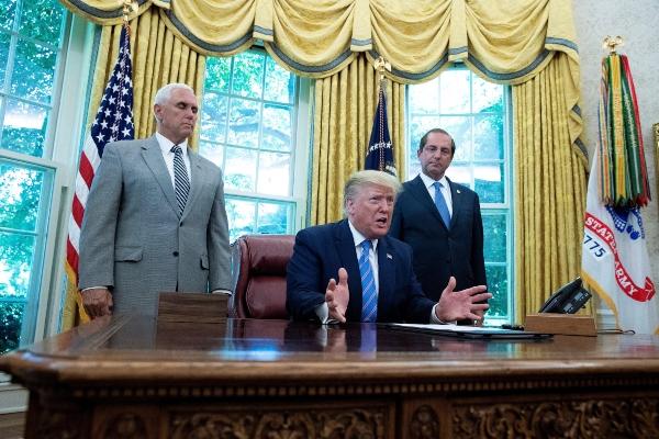 Demócratas demandan a Trump para que muestre sus impuestos